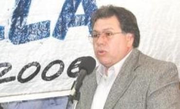 CESAR ROBINA FISCAL GENERAL DE LA ESCUELA ARMONIA