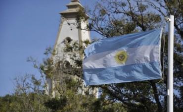 El Municipio invita a embanderar e iluminar edificios en conmemoración del Aniversario del Fallecimiento del Gral. San Martín