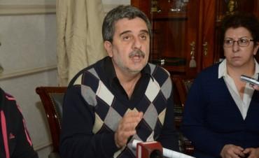 EL SECRETARIO DE GABINETE SE REFIRIÒ A LA SITUACIÒN DE LOS EVACUADOS