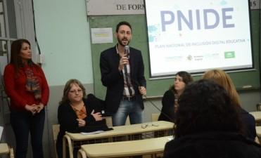 Docentes participaron de la presentación del Plan Nacional de Inclusión Digital Educativa