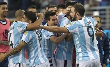 Desde el lunes se podrán comprar plateas por internet para ver el duelo entre Argentina y Uruguay en Mendoza