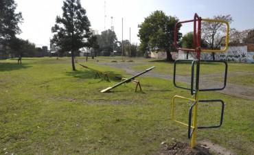 Las Acacias: EL Municipio reacondicionó por completo la plaza del barrio