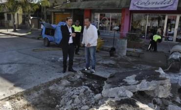 El Municipio repara otro antiguo bache de la calle Jean Jaures