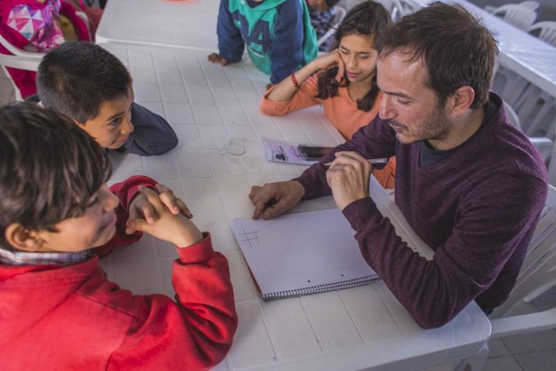 """El Municipio lanzó """"Sexto día"""", un programa que alcanzará a cientos de chicos de distintos barrios"""