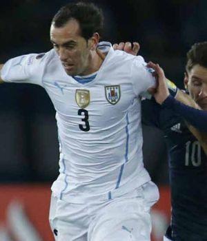 Godìn:Messi es determinante en el equipo