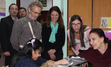 Gabriela Michetti visitó la Institución Fátima para conocer el trabajo que lleva adelante con niños y adultos con multidiscapacidad sensorial