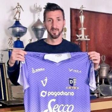Ramiro López es nuevo jugador de Villa Dálmine