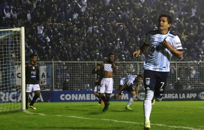 Atlético Tucumán derrotó a Independiente 1 a 0