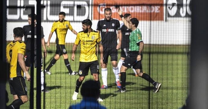 Se completó el fugaz partido y Riestra ascendió a la B Nacional