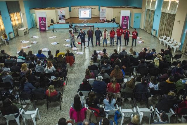 Exitosa tercera edición de las capacitaciones en RCP: participaron más de 1.000 vecinos