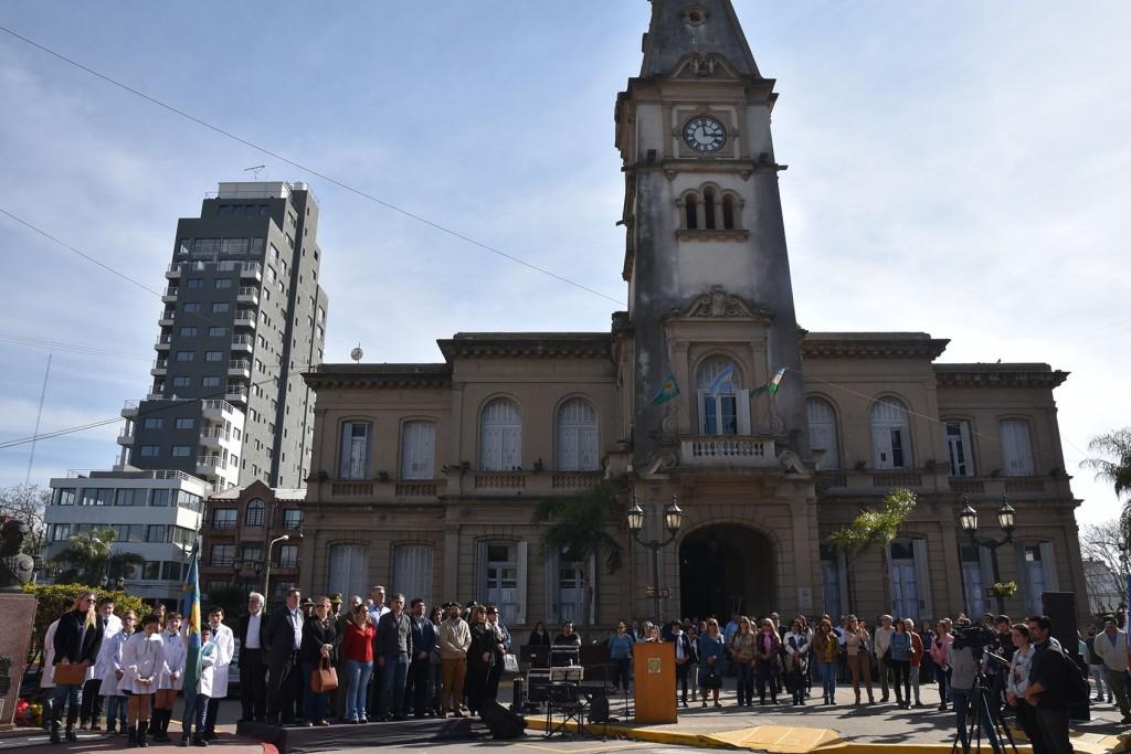 Campana homenajeó al general San Martín en el 168° aniversario de su fallecimiento