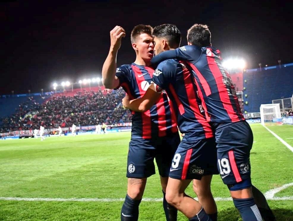 San Lorenzo de Almagro obtuvo el triunfo ante Nacional de Uruguay por 3 a 1