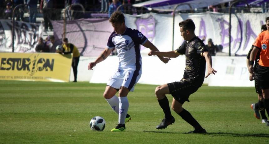 Villa Dálmine debutó con un triunfo ante Instituto de Córdoba por 3 a 0