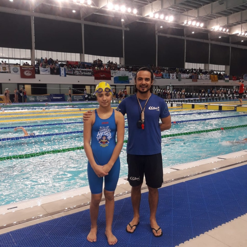 Emma Migueles comenzó su participación en el Campeonato Argentino de Infantiles en natación