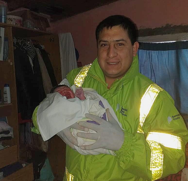 El SAME ayudó una joven a dar a luz en su casa