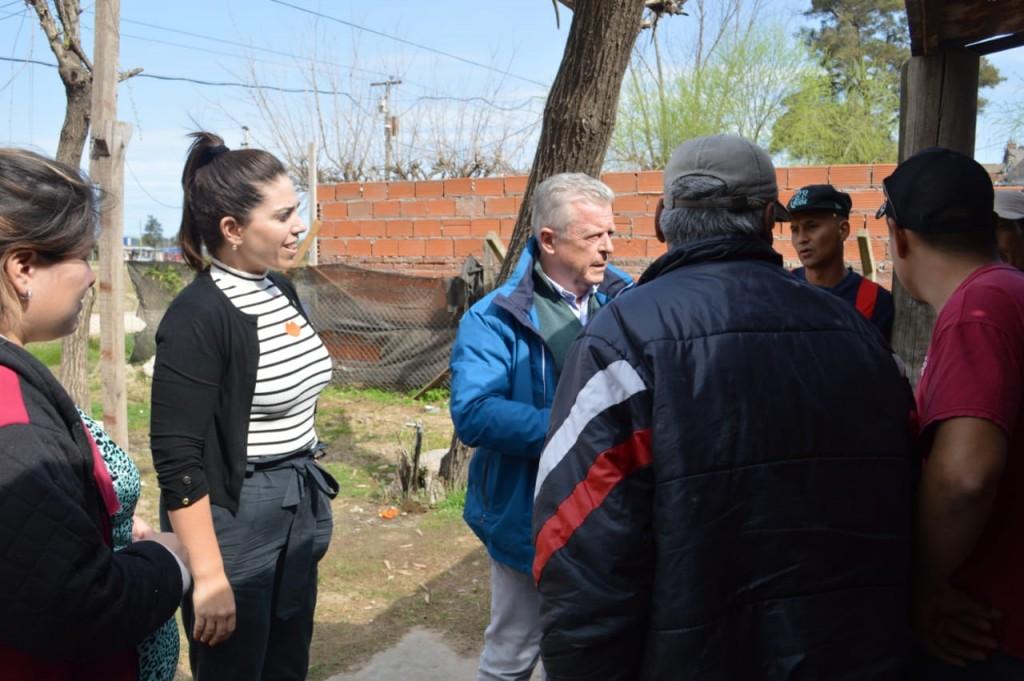 Rubén Romano se reunió con vecinos de San Cayetano