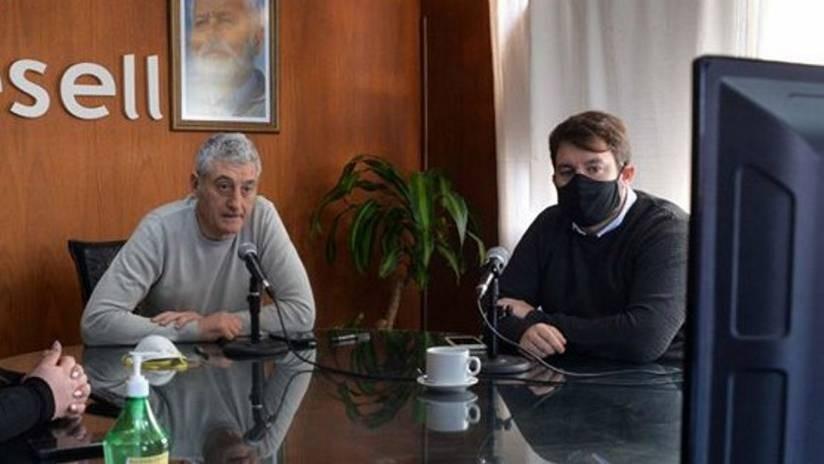 El intendente Barrera apoyó al Ministro Gollan y afirmó : no se puede estar pensando en la temporada