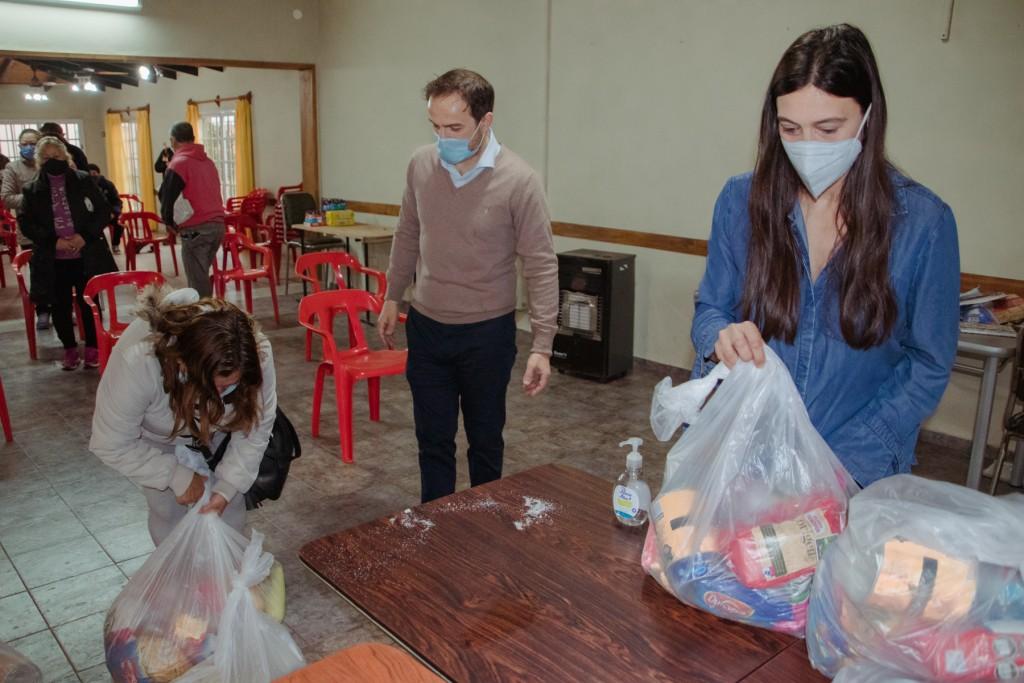 """""""Campana solidaria"""" continúa recibiendo donaciones por la pandemia"""