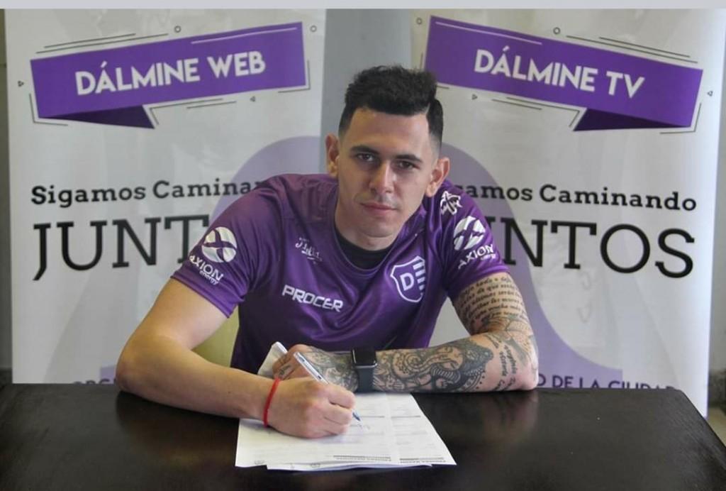 Franco Marchetti firmo su contrato con Villa Dalmine