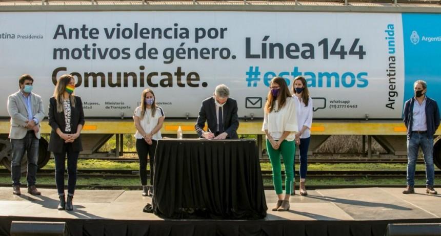 GÓMEZ ALCORTA Y MEONI PRESENTARON LA CAMPAÑA DE DIFUSIÓN DE LA LÍNEA 144 EN LOS TRENES ARGENTINOS