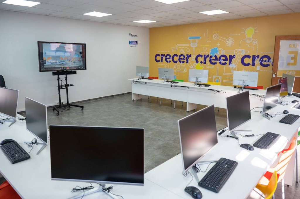 Tenaris inauguró las primeras dos Aulas Tecnológicas de Gen Técnico que construye en la región
