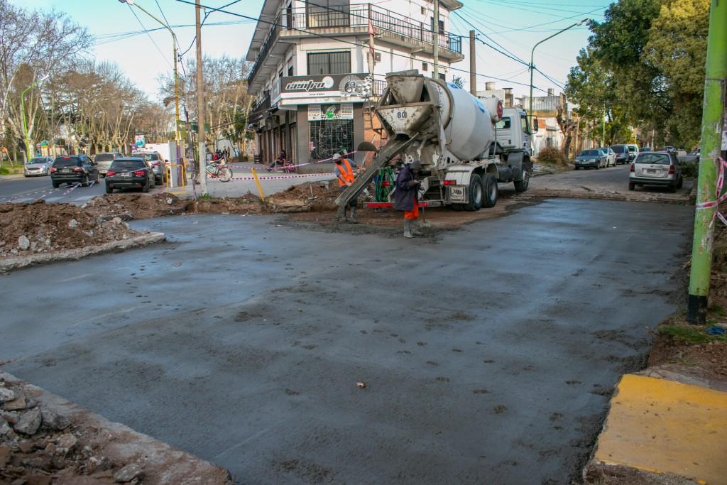El Municipio sigue adelante con la reconstrucción de calles y avenidas del casco urbano