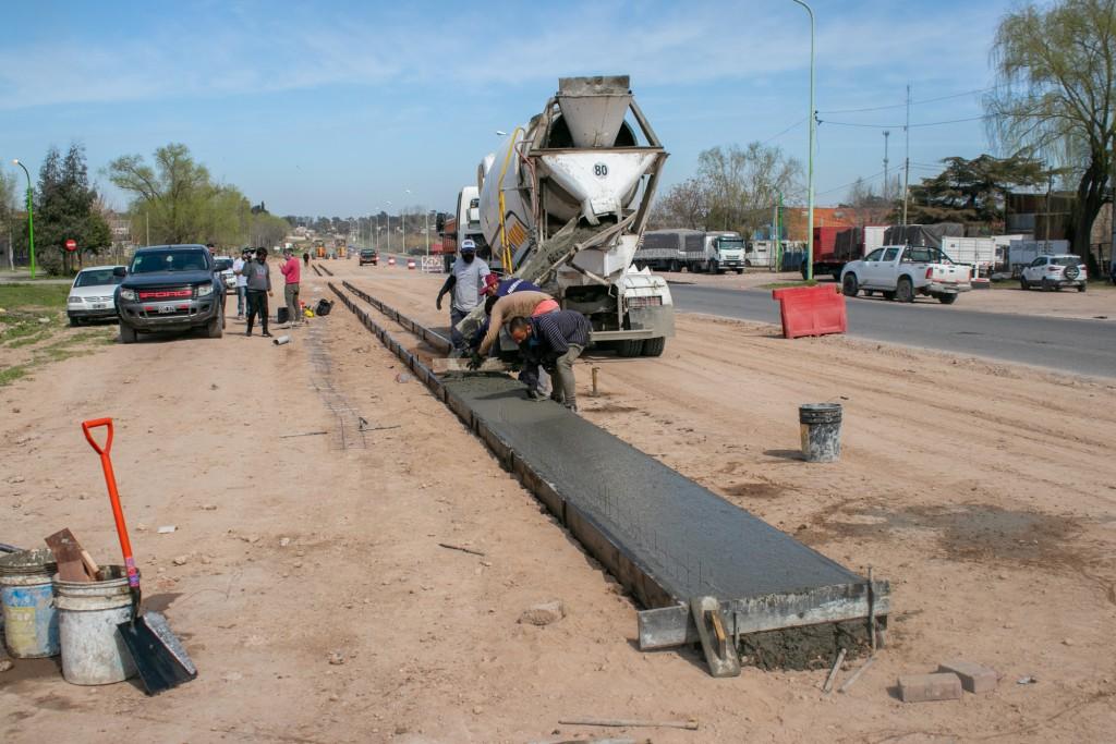 Sigue en marcha la obra de ampliación de la avenida Rivadavia