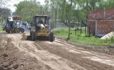 El Municipio continúa con tareas de mejoramiento en los distintos barrios de la Ciudad