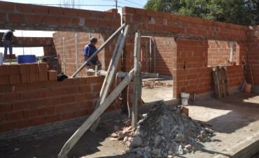 Se realizan obras por más de 1.500.000 de pesos en dos Escuelas de la ciudad