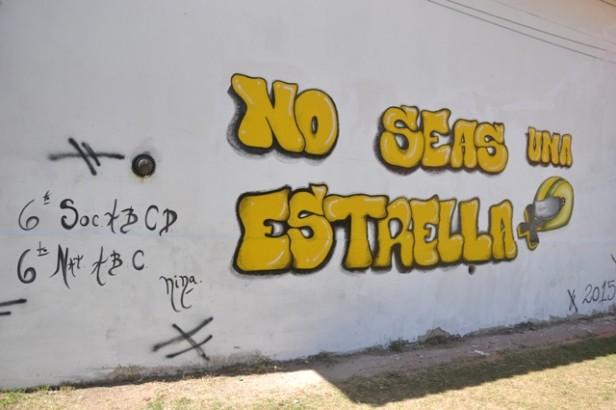 Alumnos de la Escuela Normal inauguraron un Mural para concientizar sobre la Seguridad Vial