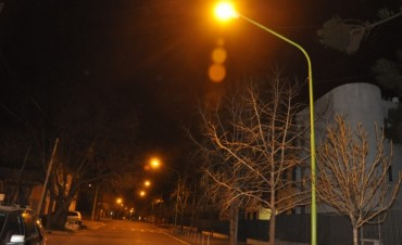 El Municipio trabajó en la iluminación pública en calle Las Heras, entre Av. Perón y Capilla del Señor