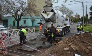 El Municipio reparó un importante bache en Belgrano y Jacob