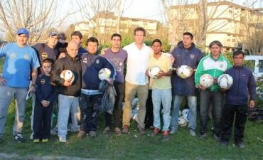 Boca Juniors dio en Campana una clínica de detección de talentos para chicos de distintos barrios