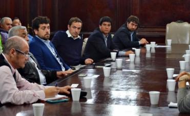 Campana pedirá al estado nacional que le financie obras hídricas para la cuenca del arroyo De la Cruz