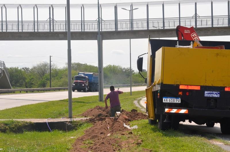 Ruta 6: en los próximos días se pondrán en funcionamiento las luces del tramo Las Acacias – San Felipe