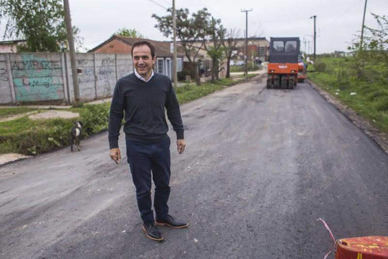 Abella, sobre la pavimentación de la Vigalondo: Es un orgullo concretar uno de los mayores pedidos de los vecinos