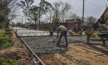 San Cayetano: avanza la pavimentación de las calles del barrio