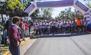 El Intendente acompañó la carrera 4K por el Centenario de la Escuela Normal