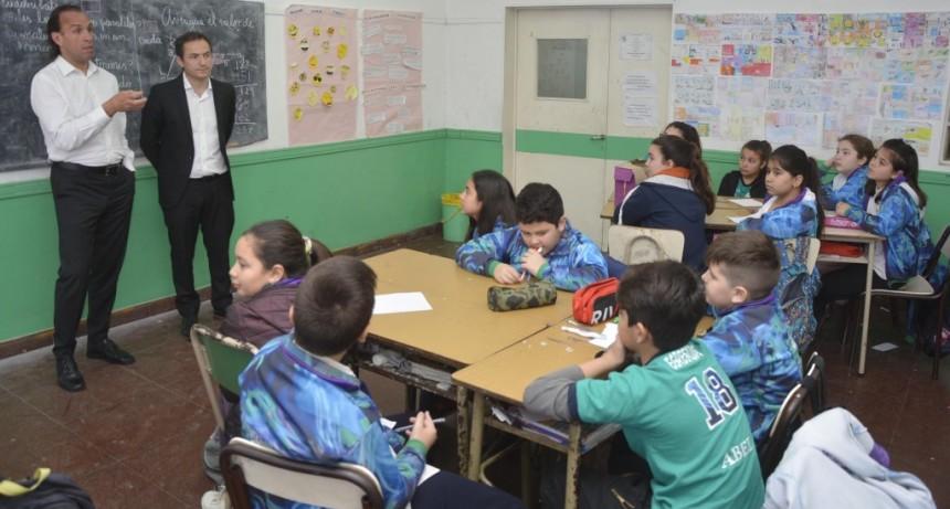 """El programa """"Jóvenes en movimiento"""" sigue recorriendo las escuelas"""