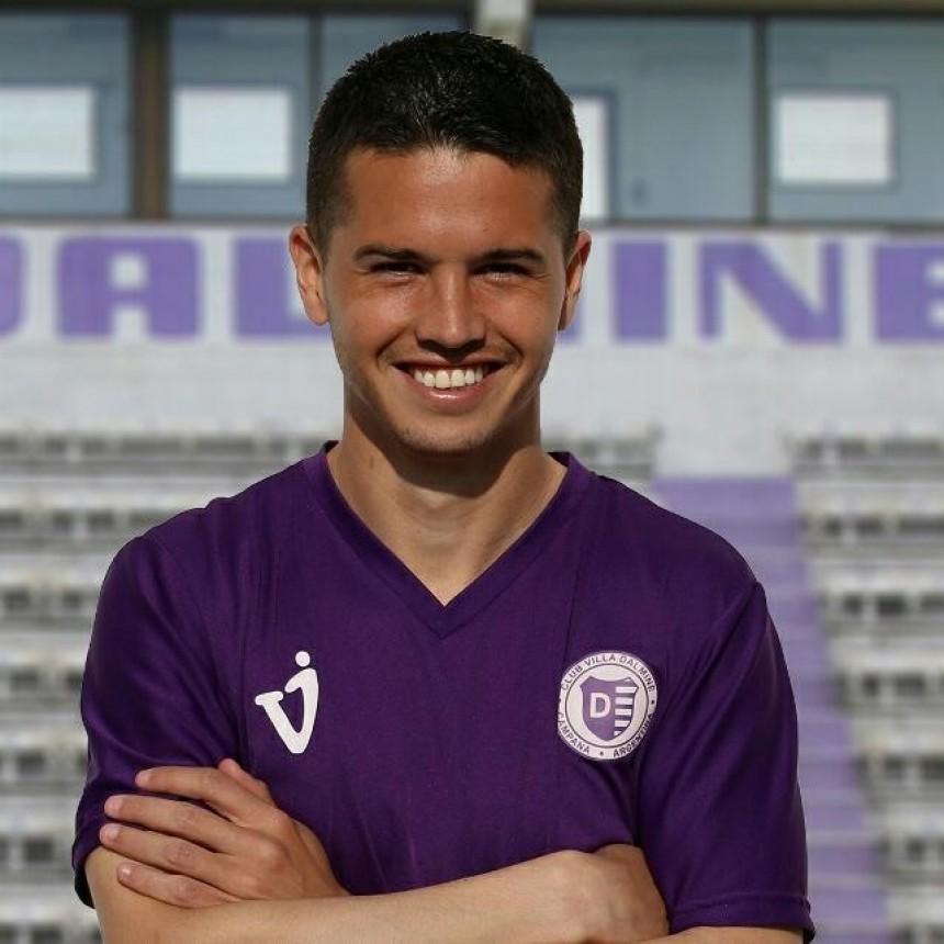 Cristian Álvarez ya se encuentra habilitado para jugar en Villa Dálmine