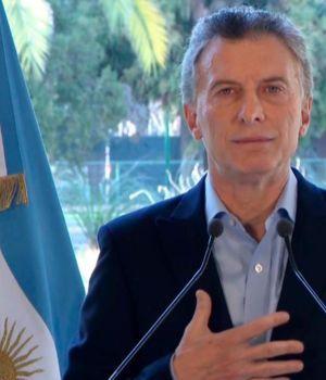 El Presidente Macri lanza un paquete de medidas y achica su gabinete
