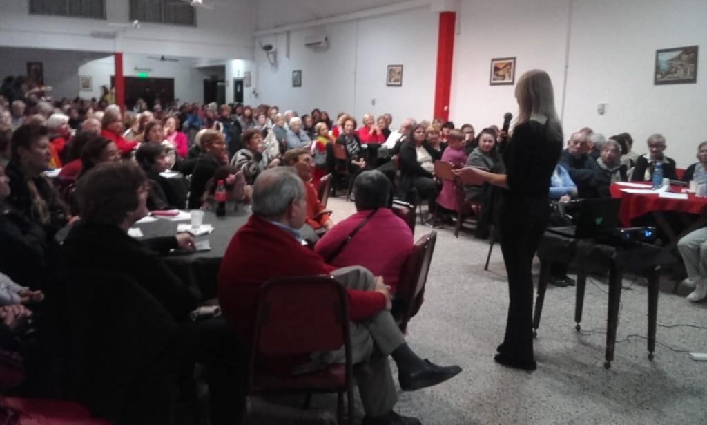 """Exitosa convocatoria en un nuevo encuentro de """"Café con A.L.M.A"""""""