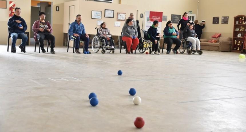 Se realizó un nuevo encuentro de fútbol inclusivo y boccia en Casa Esperanza