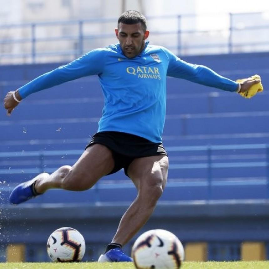 Boca recupera a Zárate y a Salvio para defender la punta ante San Lorenzo