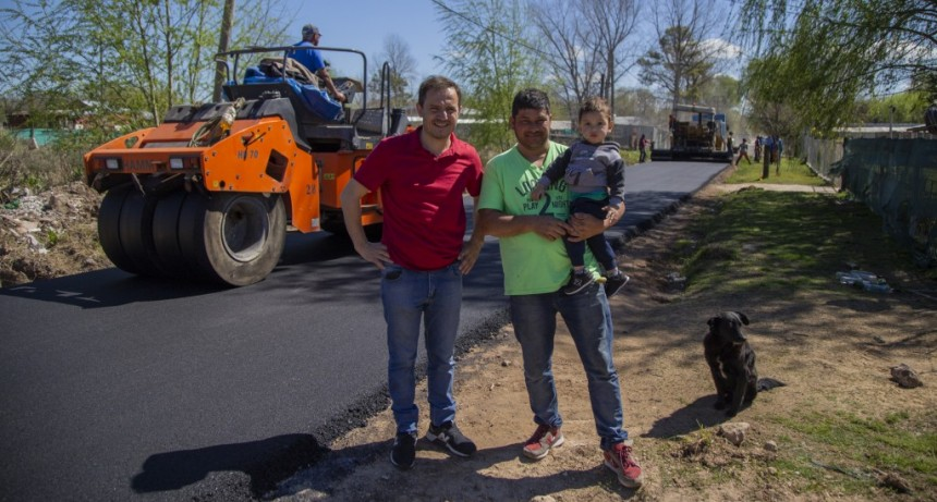 Comenzó una importante obra de asfalto en Las Praderas