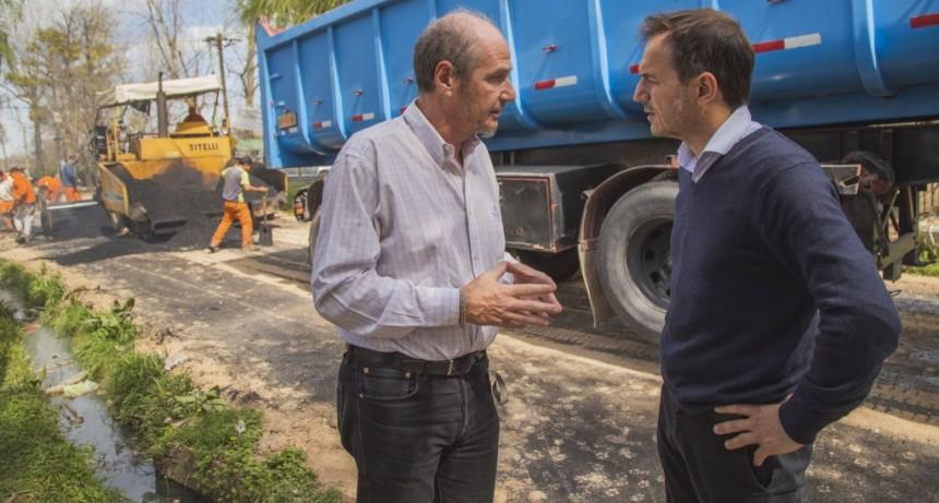 El barrio Las Praderas sigue sumando calles de asfalto