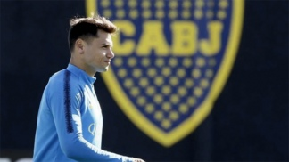 Mauro Zárate entrenó a la par del resto y en Boca Juniors se ilusionan con su regreso