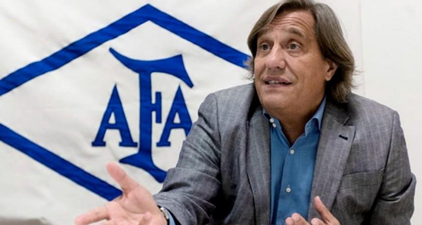 El médico de la AFA estimó que los casos detectados en Boca no alterarán los planes