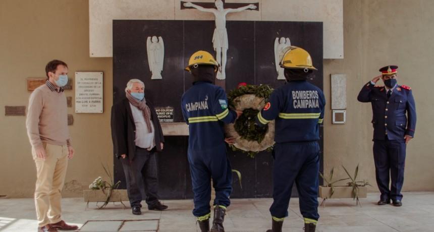 Abella acompañó el 71° aniversario de los Bomberos Voluntarios de Campana