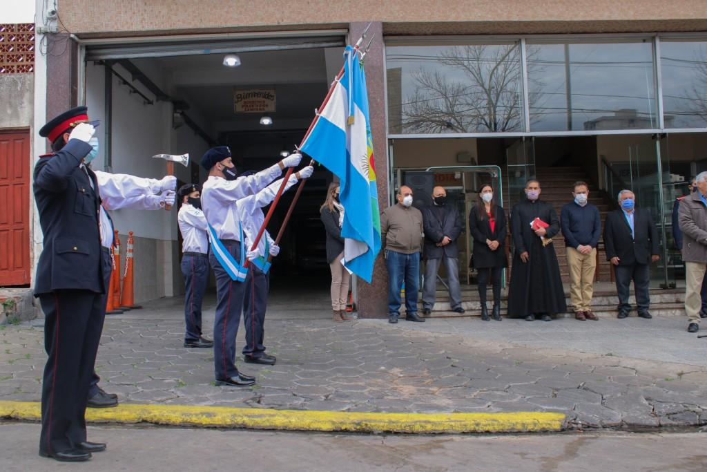 El Intendente acompañó el acto por el 72° aniversario de la creación del cuerpo de Bomberos Voluntarios